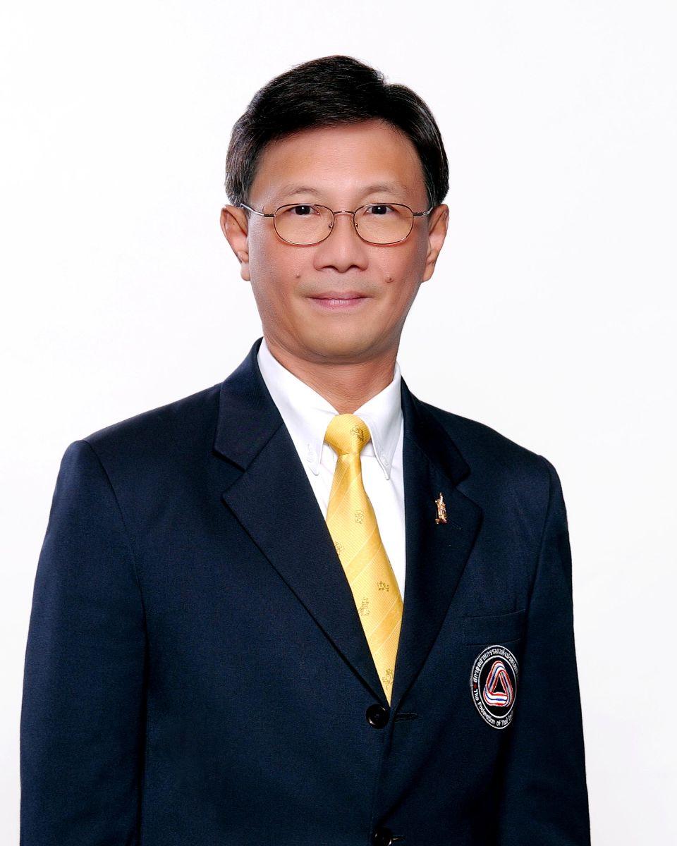นายเจน  นำชัยศิริ ประธานสภาอุตสาหกรรมแห่งประเทศไทย